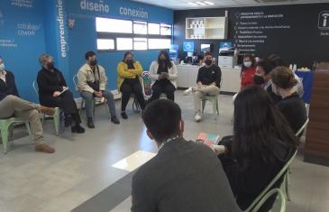 INJUV Maule ofrece espacios para que los jóvenes puedan conversar acerca de la nueva constitución
