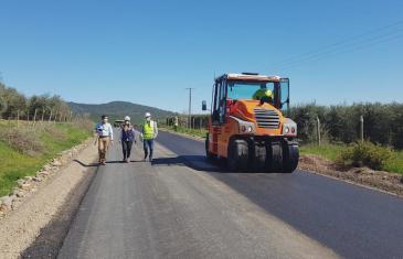 Ruta que une el cerro la virgen con Pencahue tendrá 7 km de pavimentación mejorando la conectividad vial