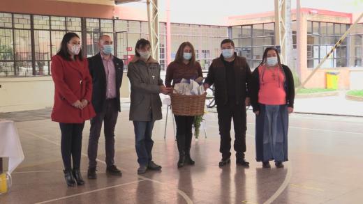 Población migrante recibió 500 mascarillas de la ucm en Curicó